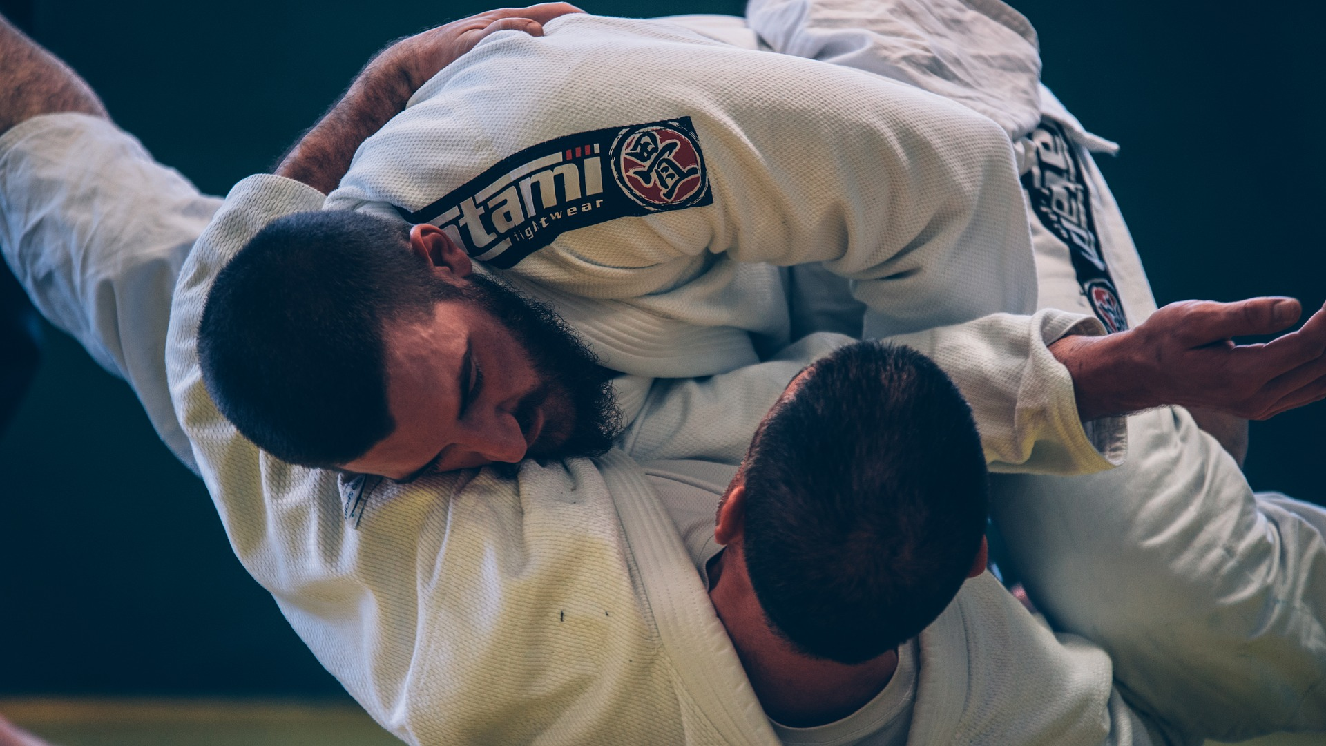 Judo vs BJJ: Comprehensive Review of Similarities and